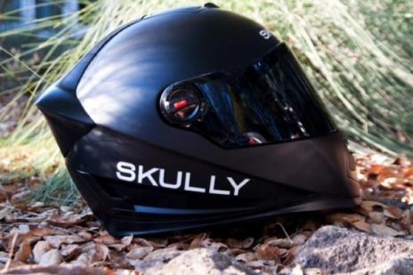 Черный мотошлем Skully