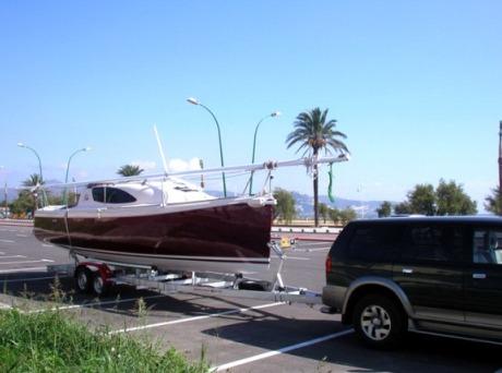 Фото прицепа для перевозки яхты