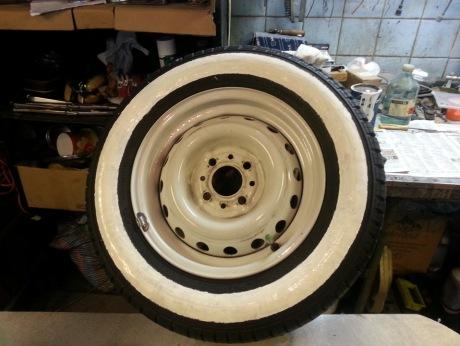 Покрашенная шина